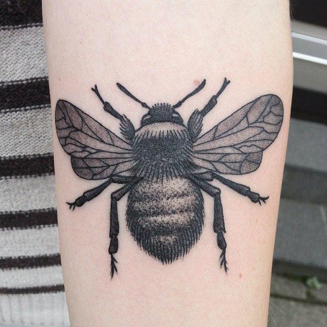 My precious bee tattoo done by Tuula Aikioniemi