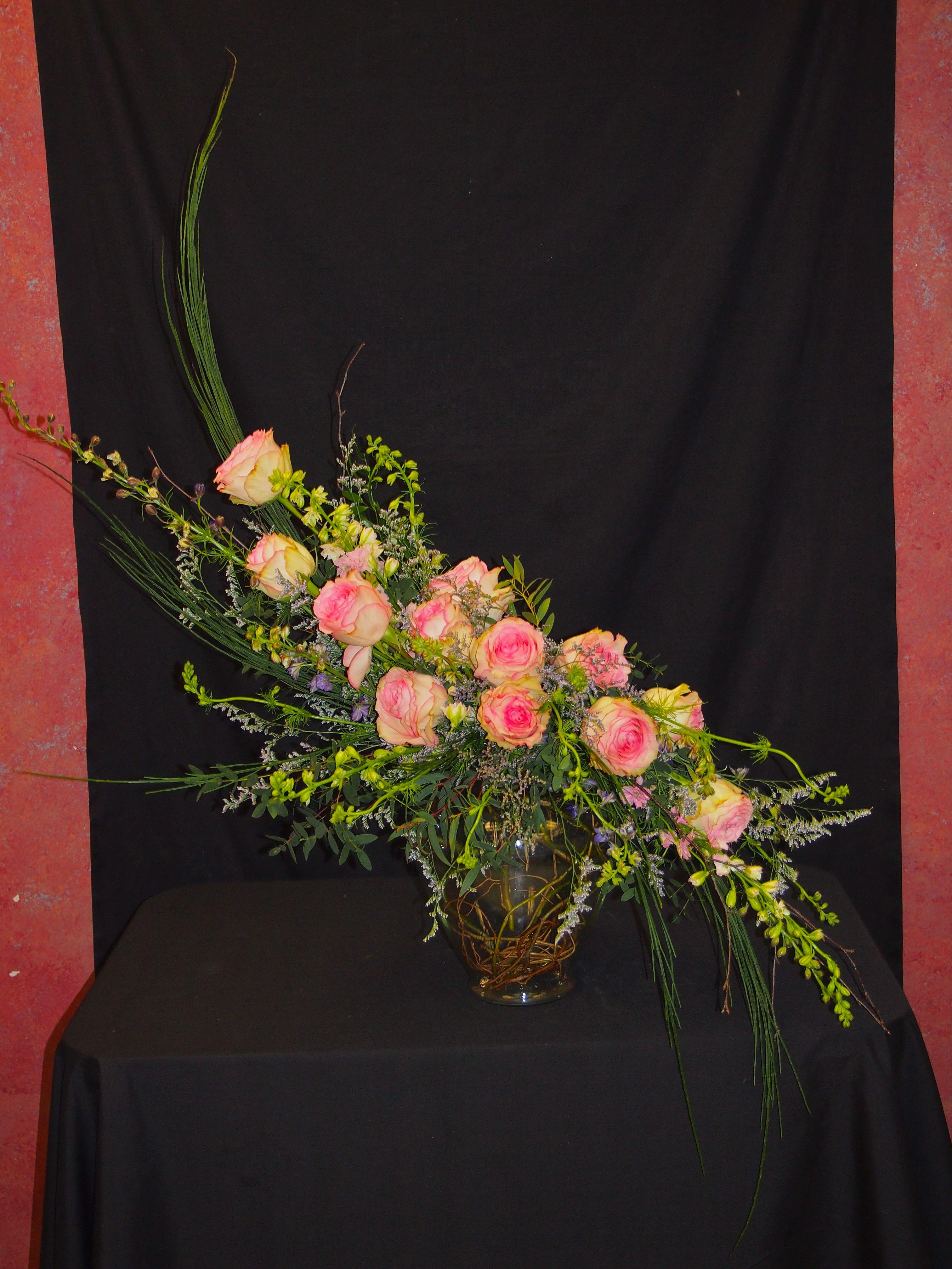 hogarth's curve | flower arrangements | Pinterest