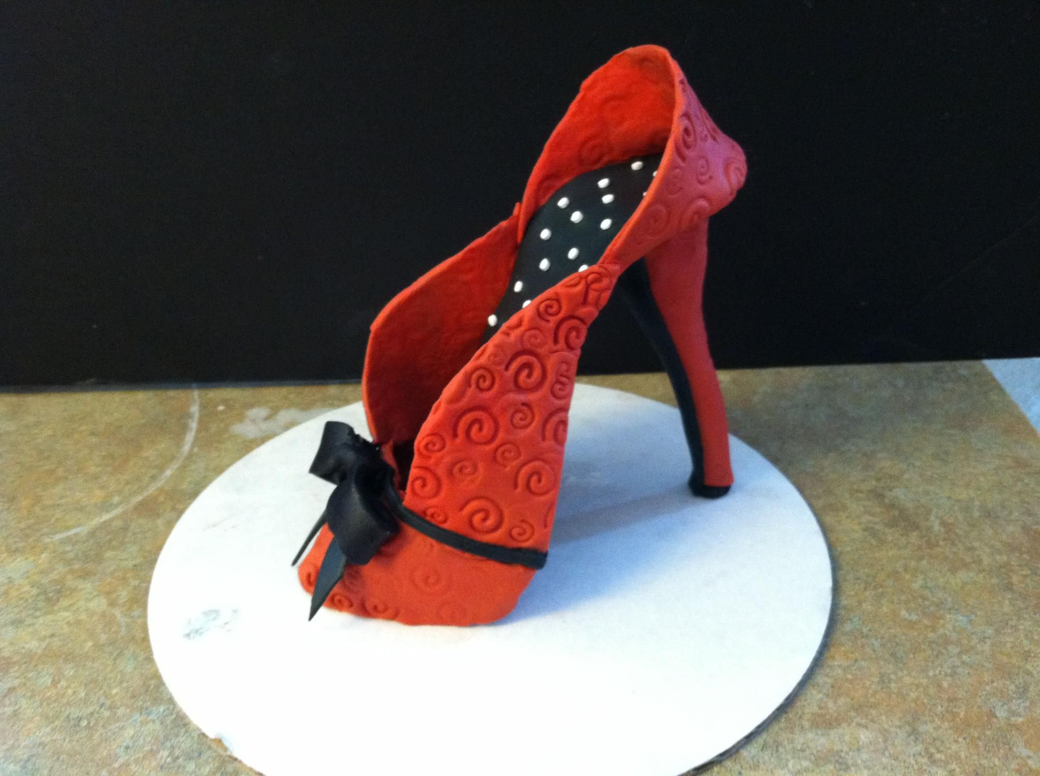 a gumpaste shoe w/o the crooked heel! Lol
