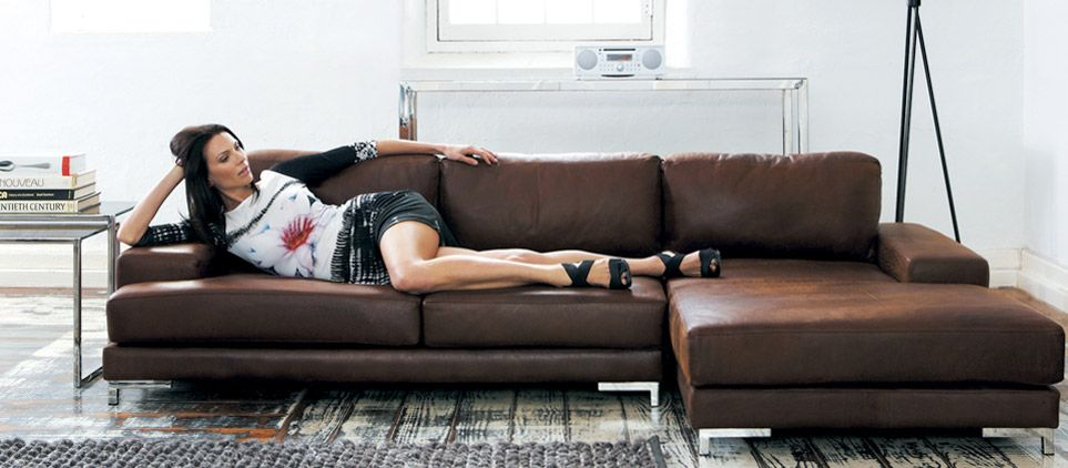 pin von kim wlach auf africanbeachhome furniture furniture sofa und living room. Black Bedroom Furniture Sets. Home Design Ideas