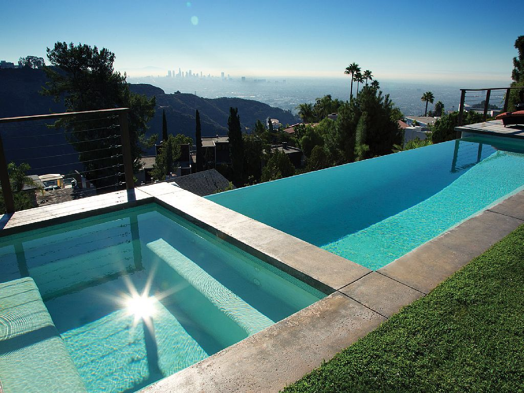 Amazing Infinity Edge Pool With Awesome View Cali View