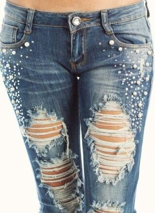 Pin by Erin Wallin on My style | Bedazzled jeans, Diy ...