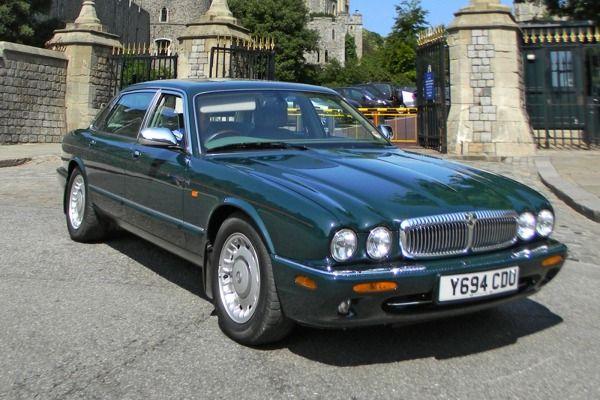 Daimler Limousine Fit For A Queen Goes Up For Auction Jaguar