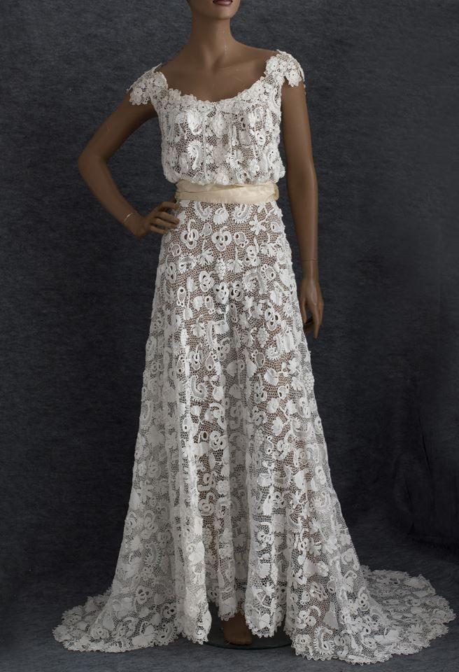 Sonhos em linhas bordados e croche, A delicadeza do crochê irlandês!  Beautiful Irish wedding dress