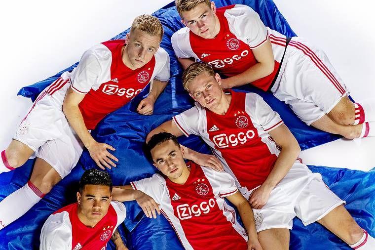 Appie Nouri Mathijs de Ligt Donny van de Beek Frenkie de Jong Justin  Kluivert | Voetbal meisjes, Voetbal, Voetballers