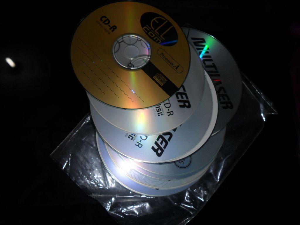 vários tipos de cd's
