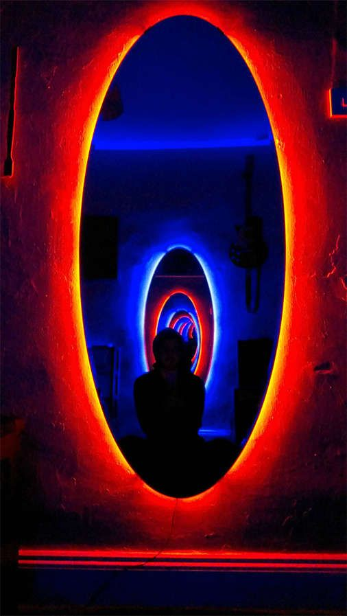 Diy Time Travel Mirrors Artworks Infinity Mirror And