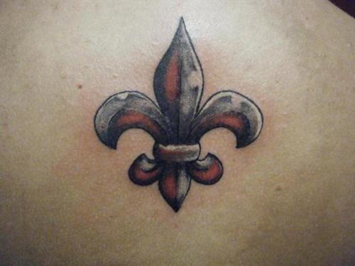 fleur de lys tatt tattoos fleur de lis tattoo tattoos. Black Bedroom Furniture Sets. Home Design Ideas