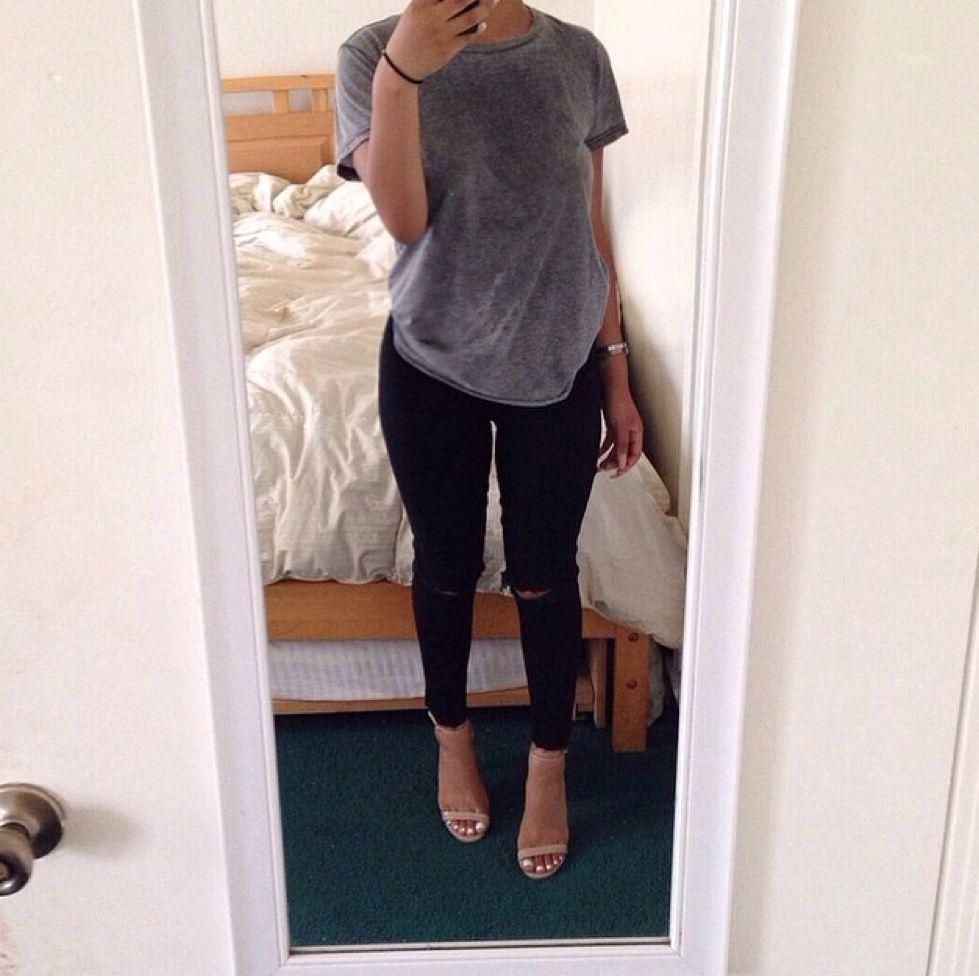 Jamie Elle Ripped Jeans