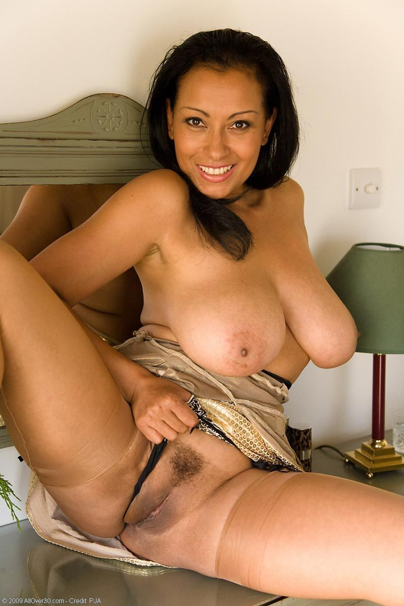 norwegian girls latina milf
