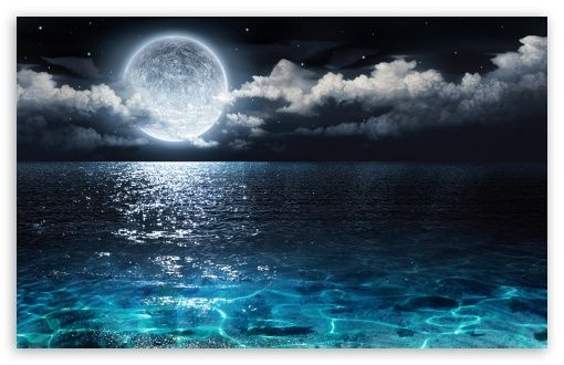 Moon And Ocean Hd Desktop Wallpaper High Definition Fullscreen Mobile Dual Monitor Beautiful Moon Beautiful Wallpapers Beautiful Ocean