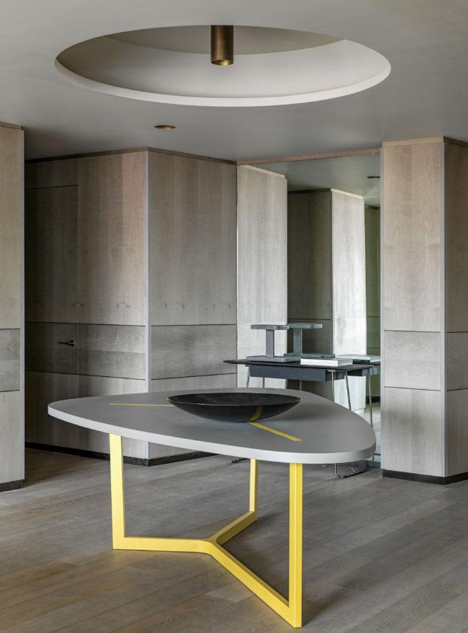 Kvartira S Iskusstvom Po Proektu Ladzaro Raboni V Moskve In 2020 Interior Furniture Home Decor