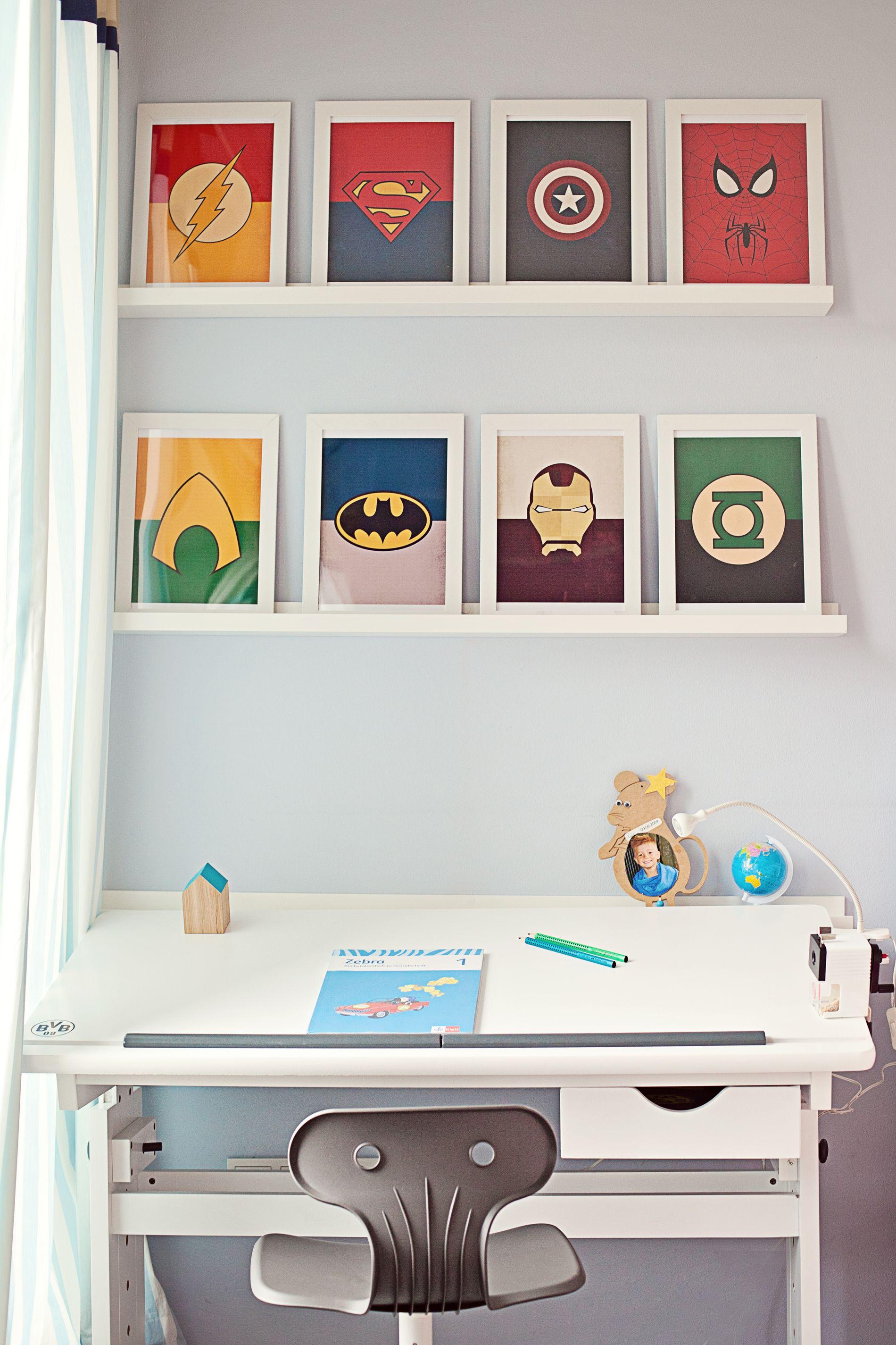 superhelden arbeitsplatz kids pinterest kinderzimmer junge kinderzimmer und kinderzimmer. Black Bedroom Furniture Sets. Home Design Ideas