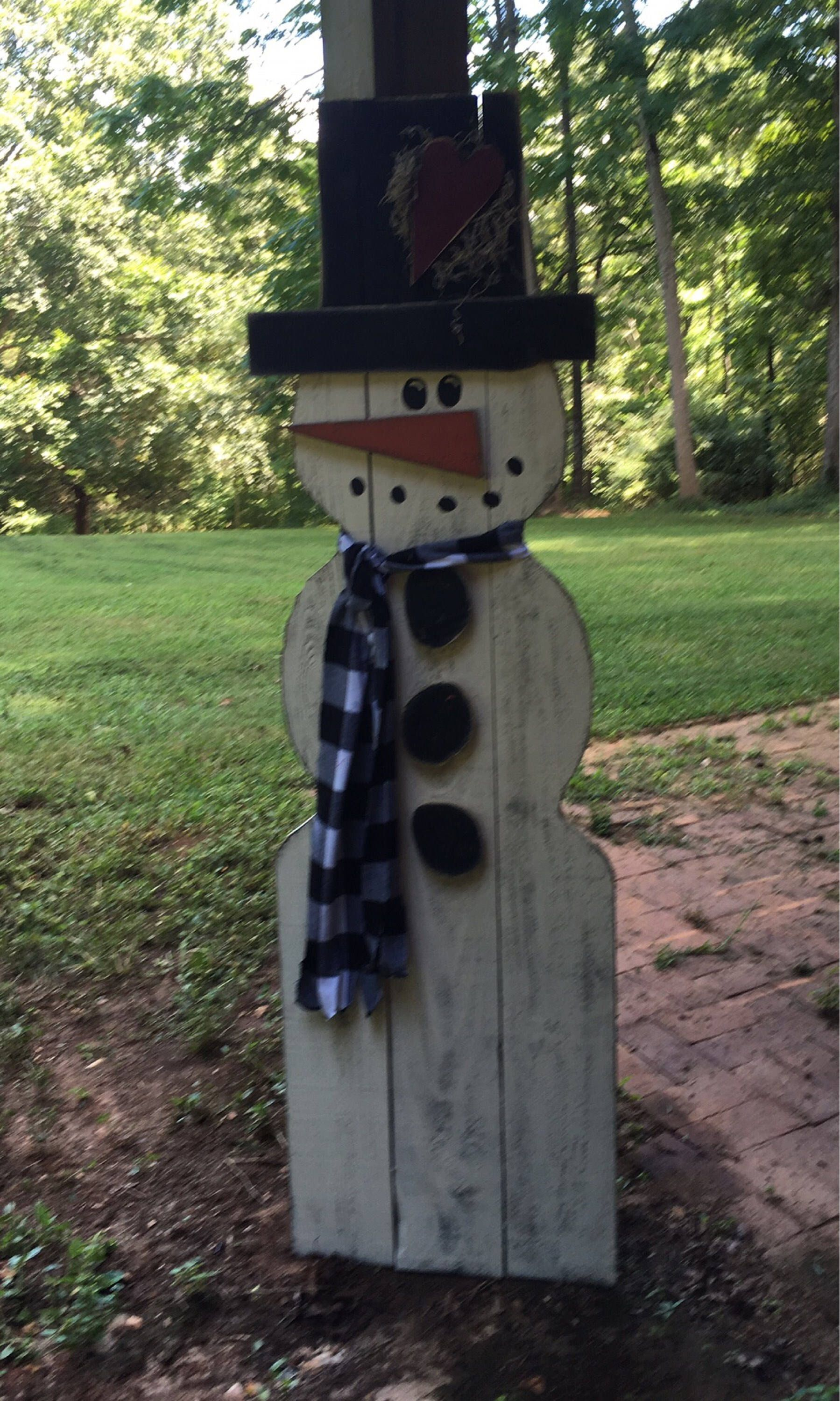 Big outdoor snowman yard art primitive wood snowman country wood