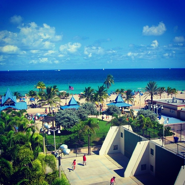 America S Best Beach Boardwalks Hollywood Beach Visit Miami Beach Florida Attractions