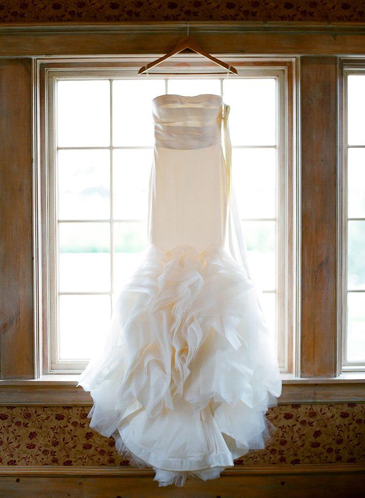 Gal Meets Glam S Julia Engel And Thomas Berolzheimer Look Back On Their Wedding Exactly 5 Years Later Over The Moon Wedding Mermaid Wedding Dress Wedding Dresses