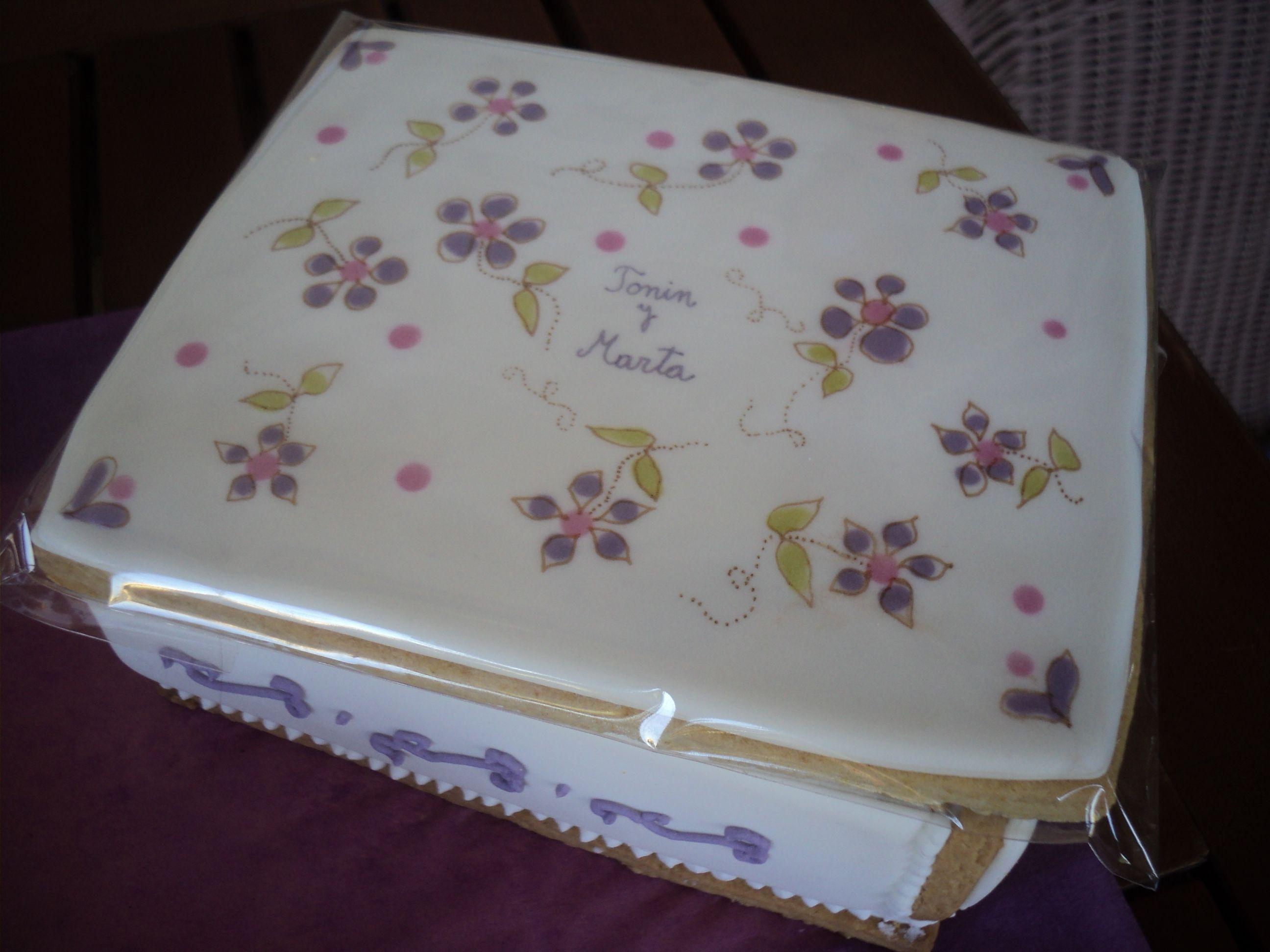 Wedding Gift box in royal icing