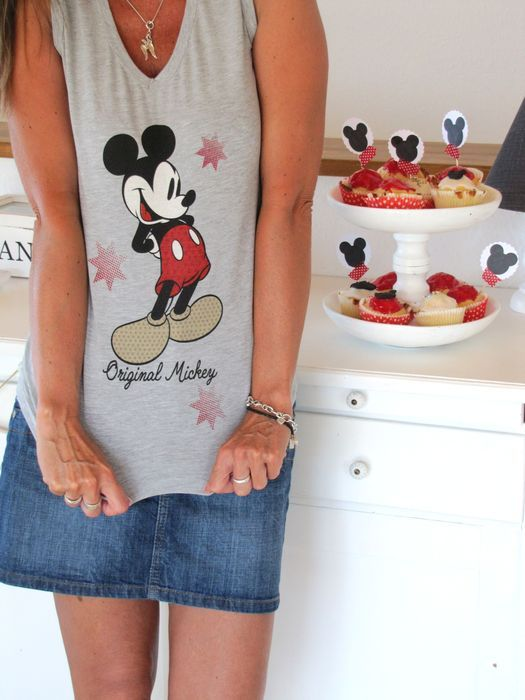 Mickey Mouse Party by Emmas Welt. I should get one to wear for ryders party!