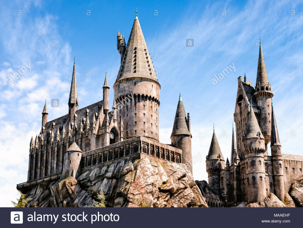 Download This Stock Image Los Angeles California Usa March 28 2018 Hogwarts Castle The Wiz Universal Studios Hollywood Hogwarts Castle Universal Studios