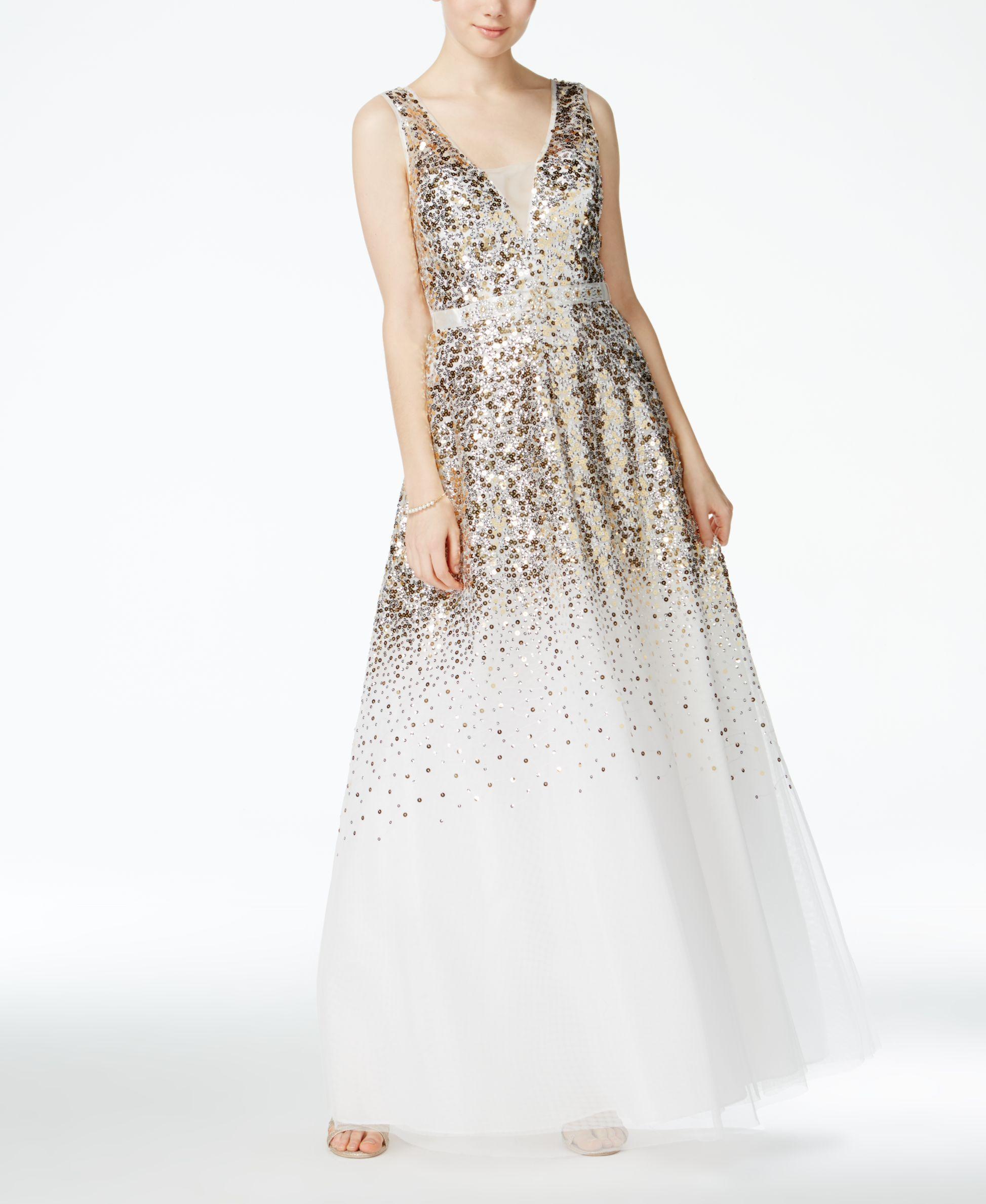 B darlin juniorsu sequinembellished vneck gown products