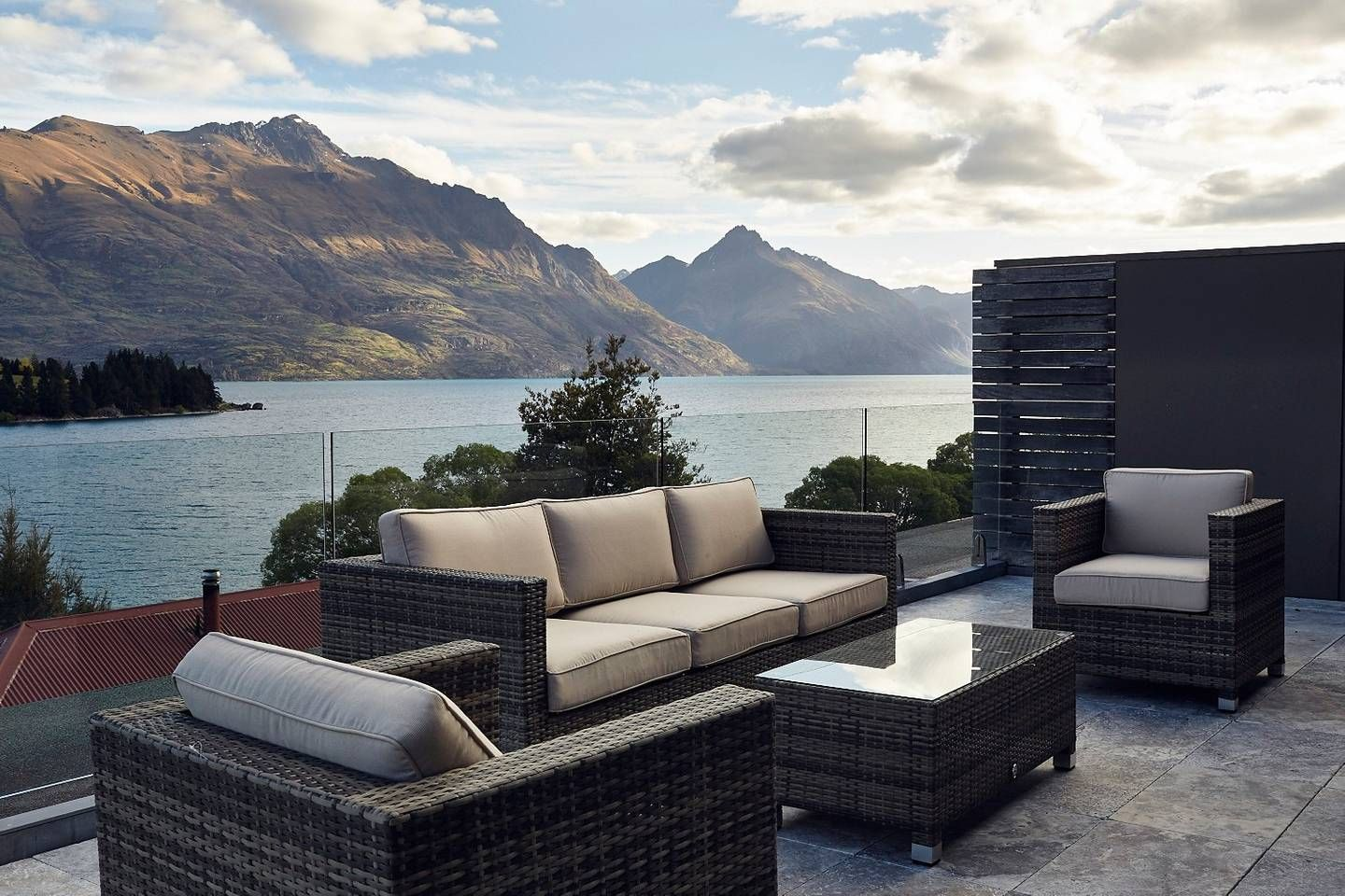 Lucky #8 Penthouse - Apartments for Rent in Queenstown ...