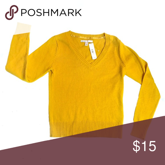 NWT Old Navy Cozy Mustard V-Neck Sweater NWT | Navy sweaters ...