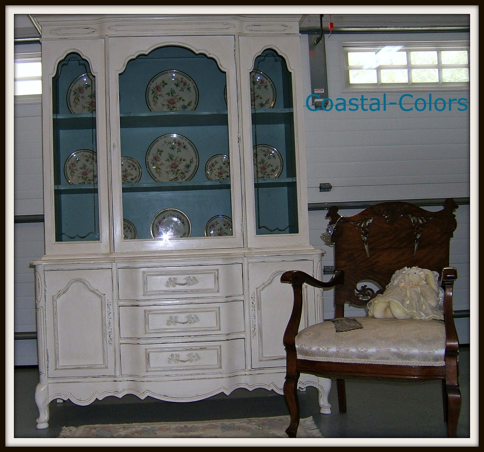 what color should i paint my dining french prvinchial hutch