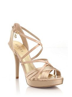 847350d9825 SANDALIAS GUESS foto de www.guess.us | Zapatos en 2019 | Zapatos ...