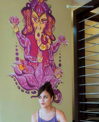 Titulo de la obra: Mural Centro Holistico Renacer. Artista: Mónica Vásquez. Técnica: Street Dimensiones: Desconocidas Año: 2015 Lugar: Centro Holistico renacer- Ecuador