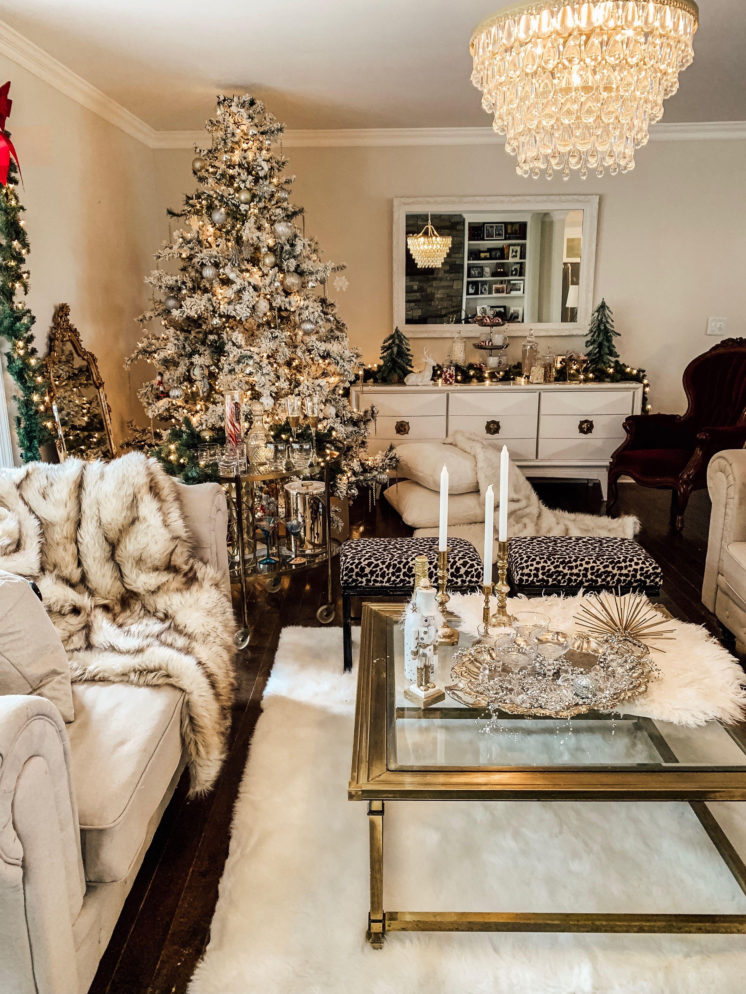 Christmas Living Room Glamour Www Instagram Com Michellekraker Christmas Decorations Bedroom Christmas House Decorations Indoor Christmas Fireplace Decor Living room xmas decoration