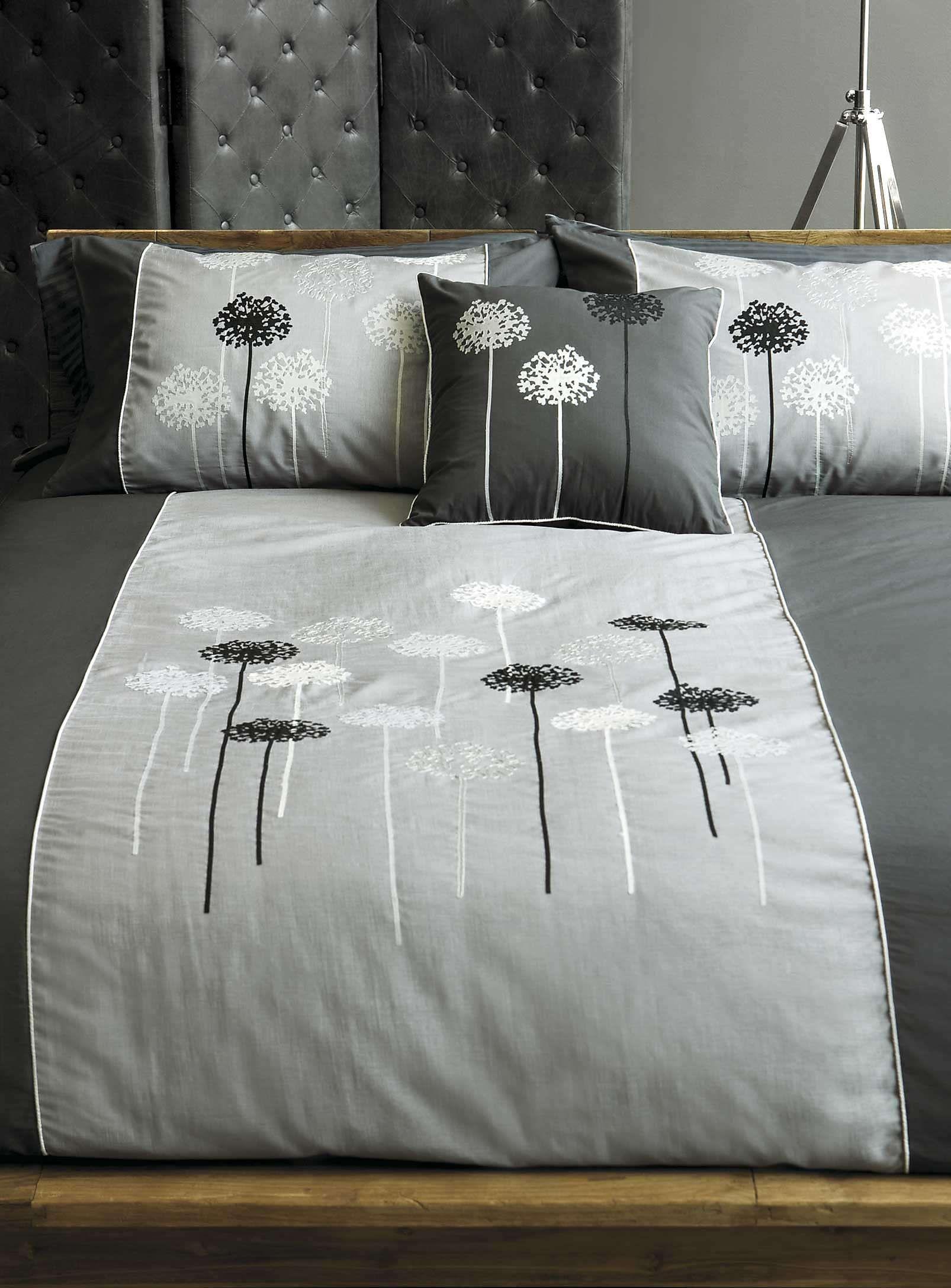 Embroidered dandelion duvet cover set Duvet Covers & forters