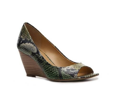 Bandolino Get On By Reptile Wedge Pump