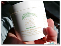 Beauty Reviews: Joey New York Polynesian Coconut Water Beauty Pads
