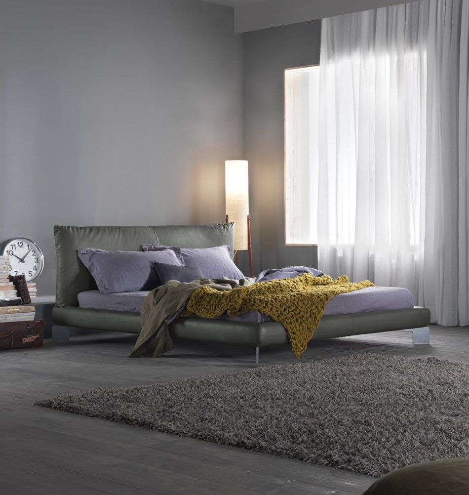 Designer Lederbett Pillow Up 180 Cm Grau Ein Polsterbett Mit Understatement Www Milanari Com Lederbett Schlafzimmer Einrichten Bett