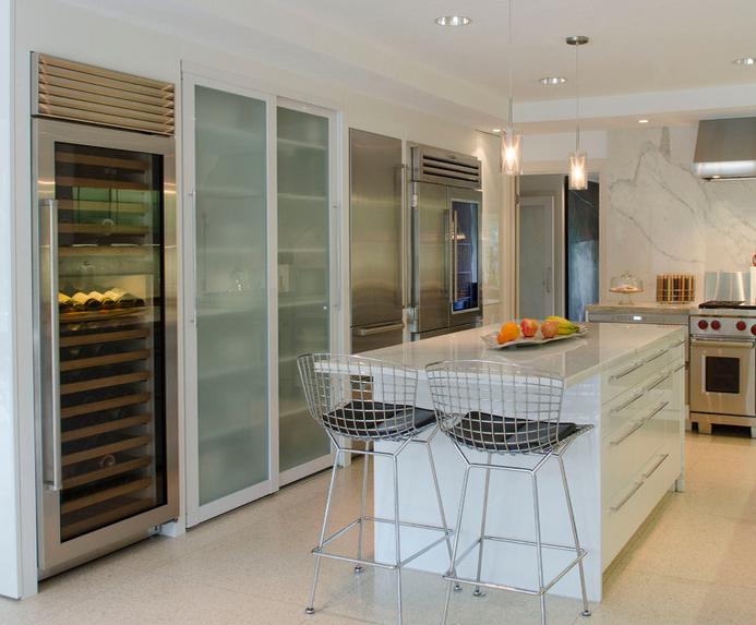 #door #slidingdoorco #theslidingdoorcompany #home #interiors #interiorsdesign #glassdoors #door #kitchendesign #design #kitchen #modern #glass #door