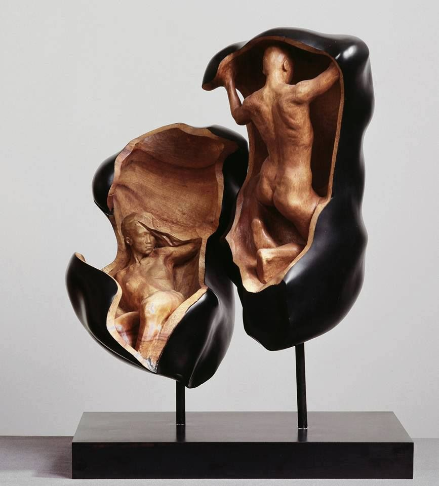 Sculpture By Hsu Tung Han Modern Sculptures Pinterest - Taiwanese sculpture uses wood to create sculptures of people effected by pixelated glitches