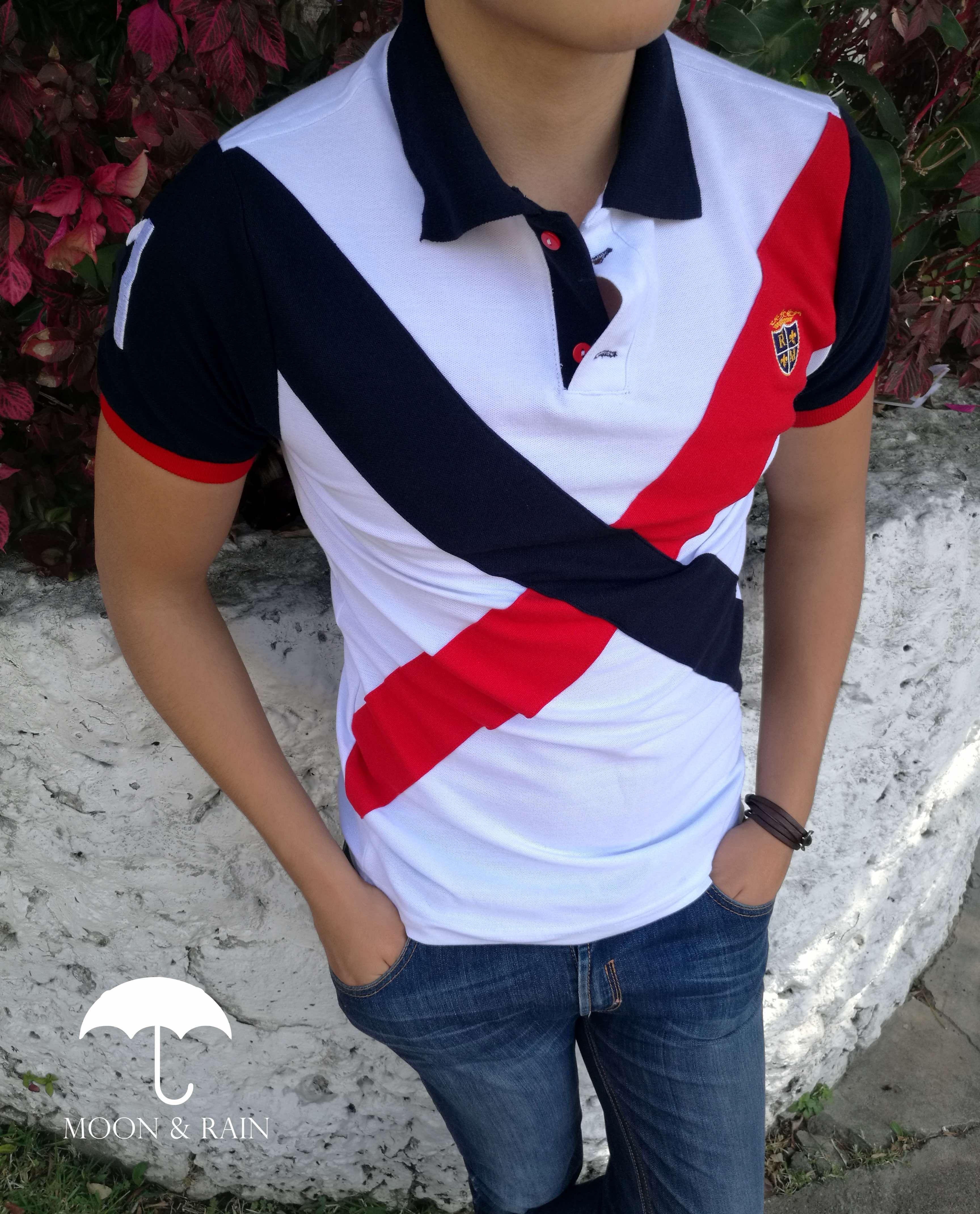 Polo Slim Fit Blanca con Franja Marino y Roja por Moon   Rain en Tiendas  Platino 0462621228862