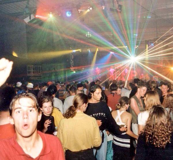 Rave acid house bleep uk 90s rave pinterest rave for Acid house rave