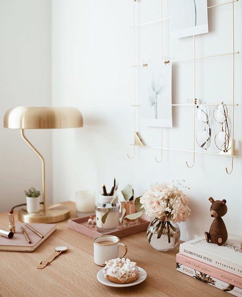"Marie Kondo Netflix Tidying Up Accent Wall Bedroom: Marie ""KonMari"" Kondo"