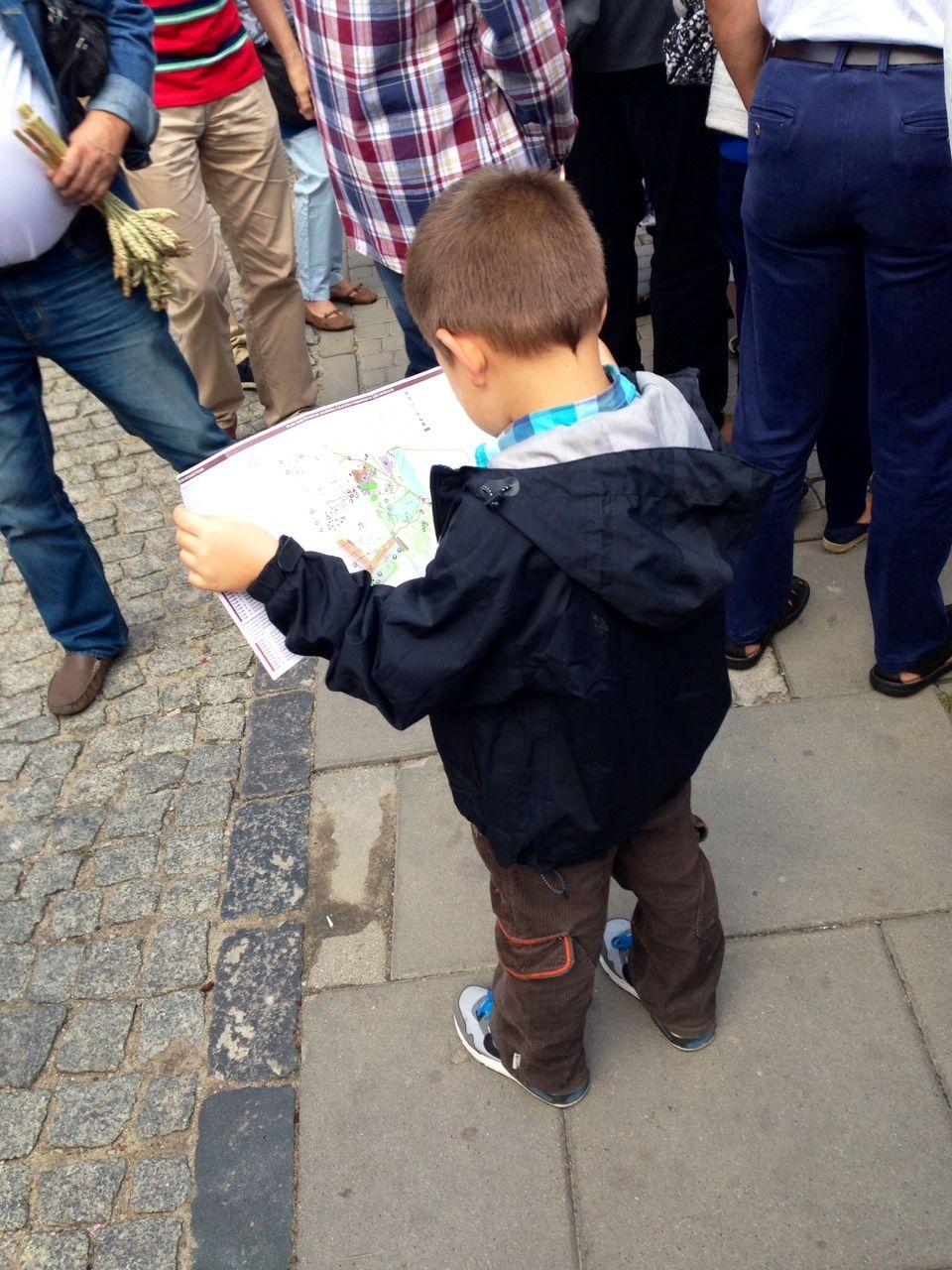 Podczas Jarmarku rozdaliśmy dużą ilość broszur z Historią Pałacu Odrowążów