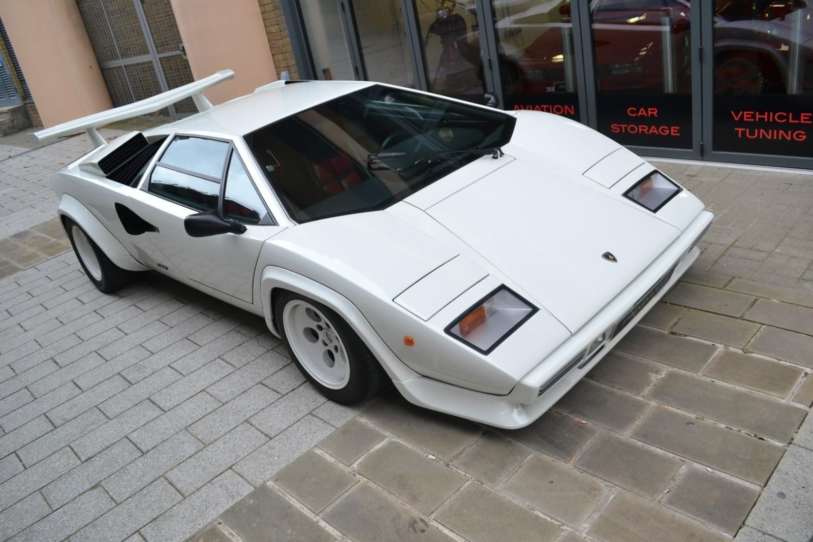 Lamborghini Countach 5000s In White On A Two Tone Interior Ebay