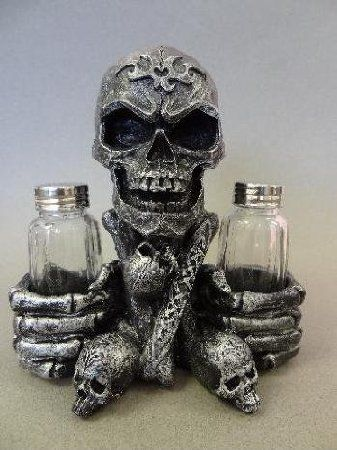 Beautiful Salt and Pepper Shaker Unique Decoration In Dining Table