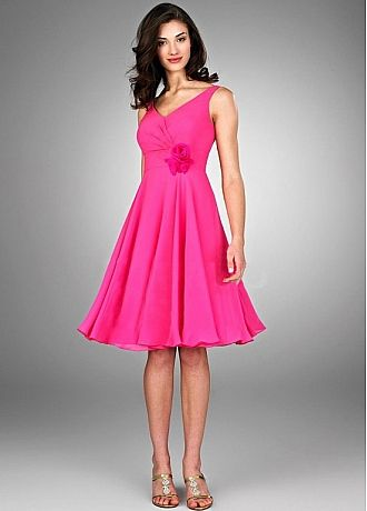 Stunning Chiffon A-line V-neck Neckline Short Bridesmaid Dress