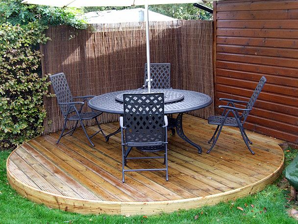 Round deck like what he wants sweet simple and to the for Garden decking kits uk