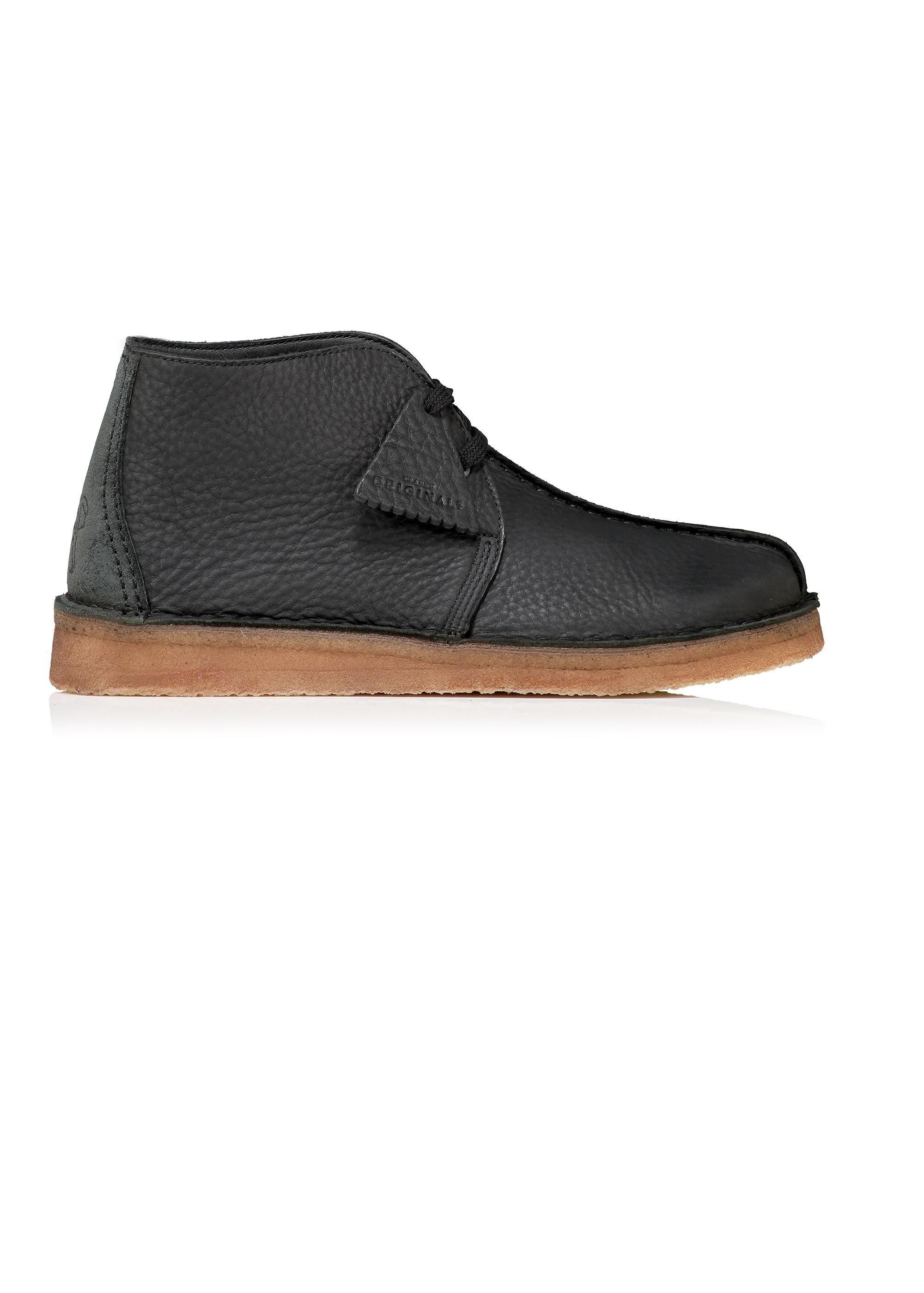 nieuwe afbeeldingen van ooit populair populair merk Clarks Originals Desert Trek Hi Leather - Black | Shoes in ...