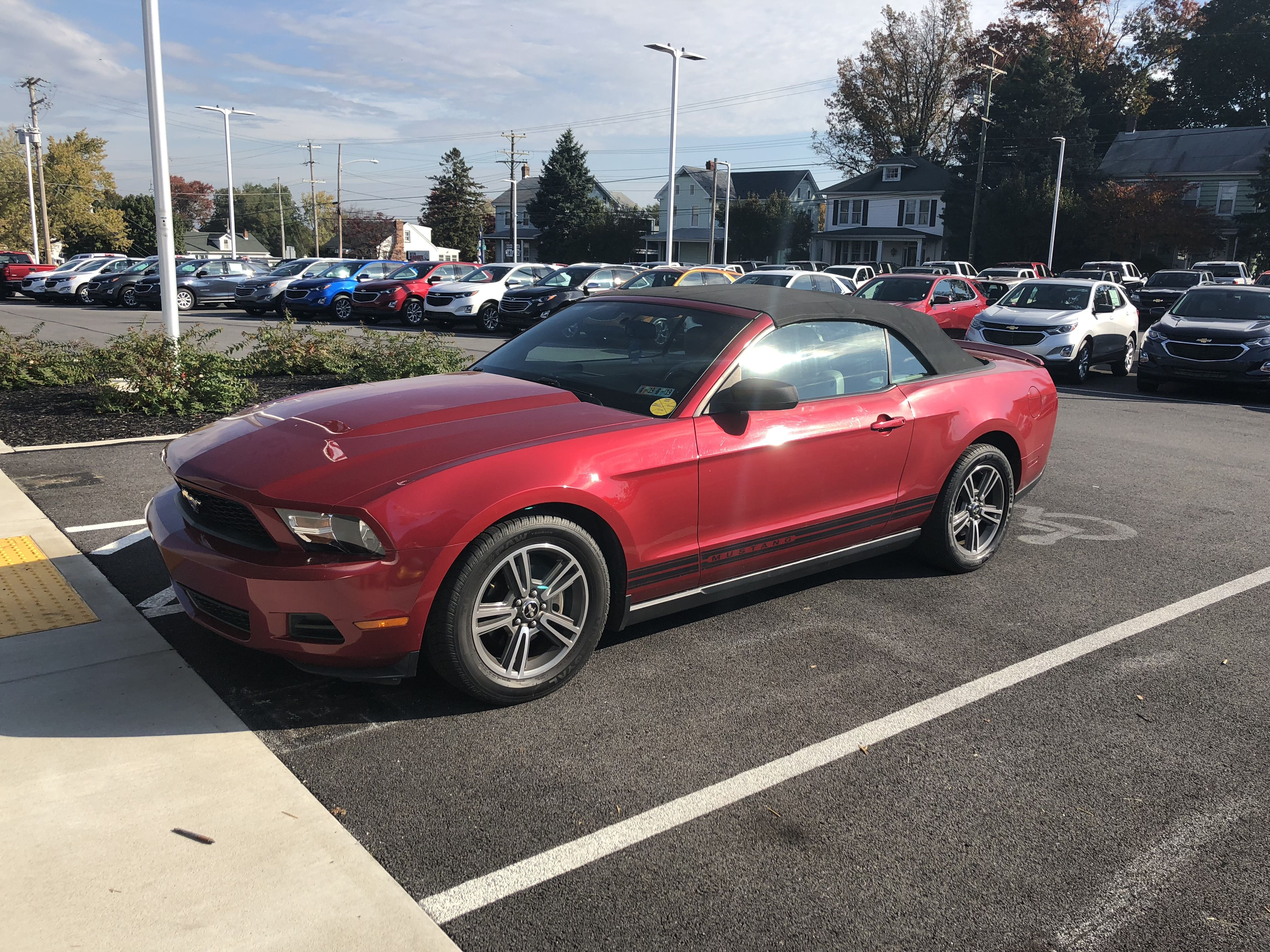 🎃Halloween Trade in🎃 Check out this 2010 Ford Mustang convertible
