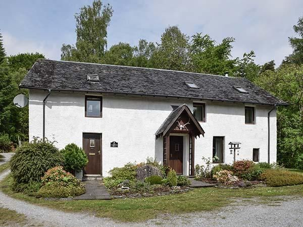 Rent This 4 Bedroom House Rental In Invergarry With Wi Fi And