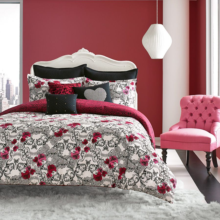 Betsey Johnson Rock Out Comforter Set From Beddingstyle Com Skulls Xobetseyjohnson Betseyjohnson Pink Blac Comforter Sets Queen Comforter Sets Comforters