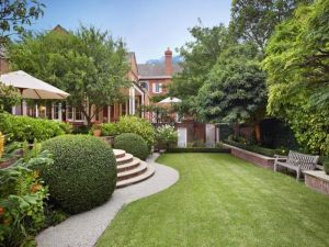 Bon Luscious Loves: Beautiful Houses And Gardens   Part 2