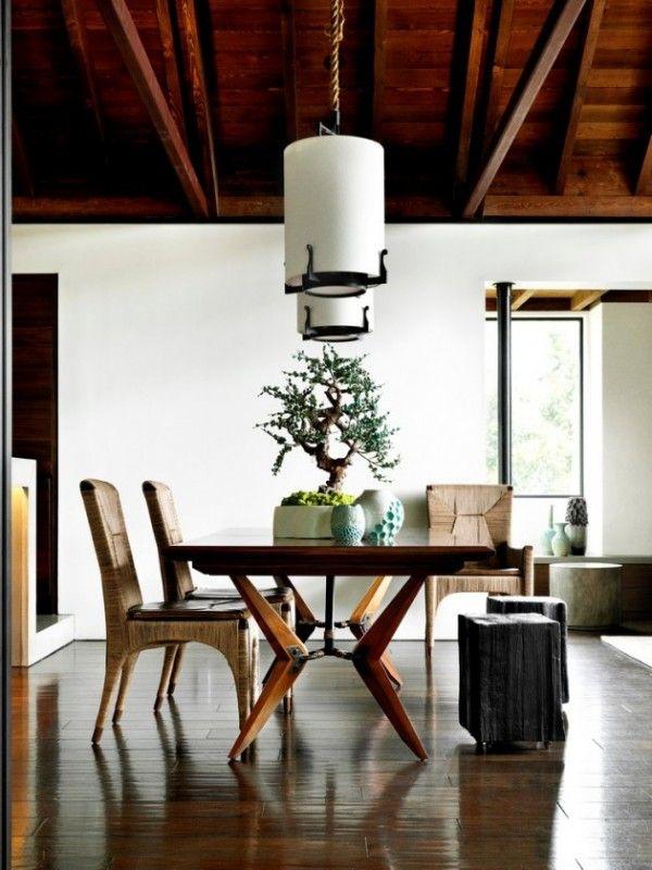 Wil jij meer groen in huis? Overweeg dan eens om een bonsai boompje aan te schaffen. Deze van oorsprong Japanse boompjes zijn in allerlei formaten verkrijgbaar, van s...